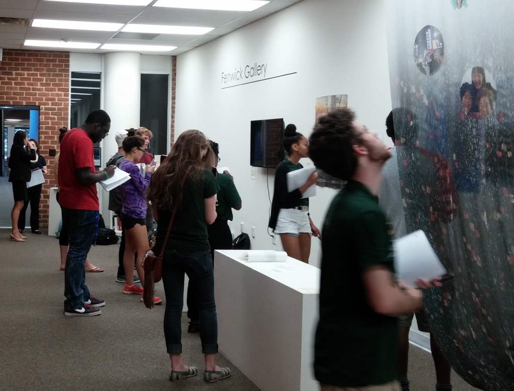 A class visits the gallery.